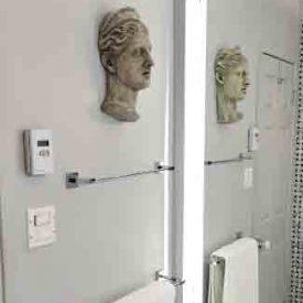 Salle de bain - Détails Buste au mur