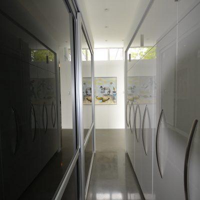 Design d'armoire laquée de cuisine